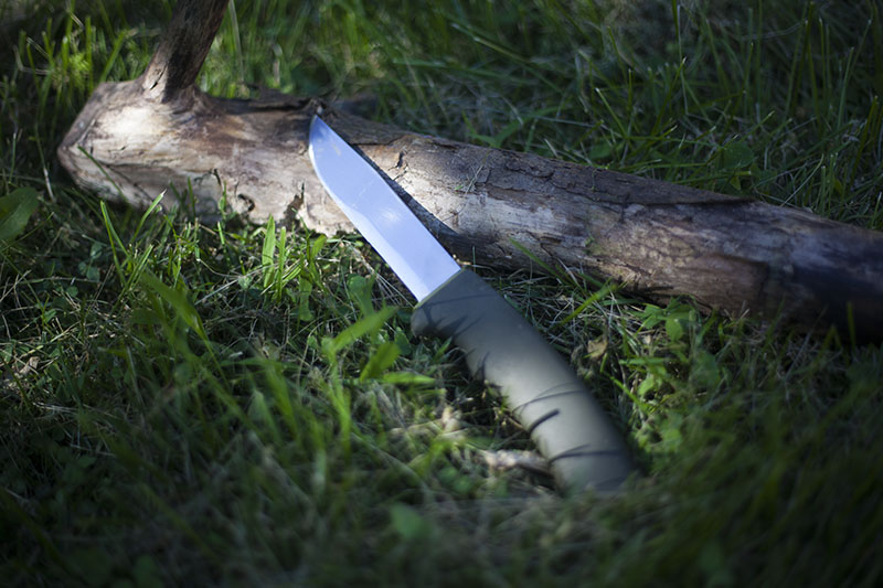 Morakniv bushcraft forest fixed blade outdoor knife review