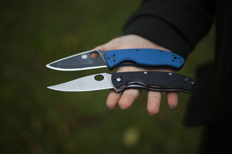 knife review for spyderco tenacious folder