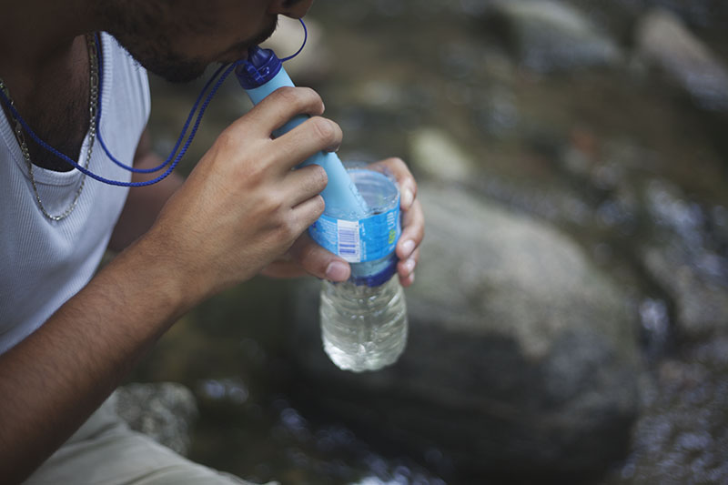 eartheasy lifestraws personal water filter system