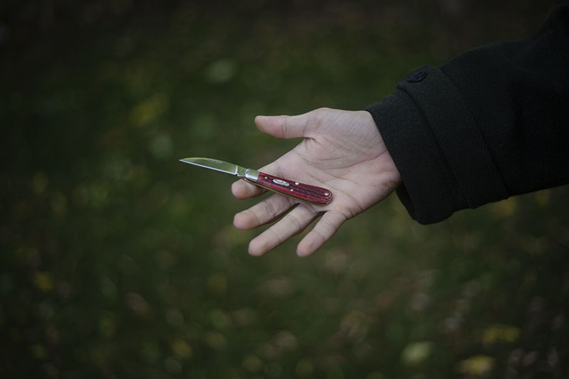 case sway back gent review old red bone handles traditional edc knife
