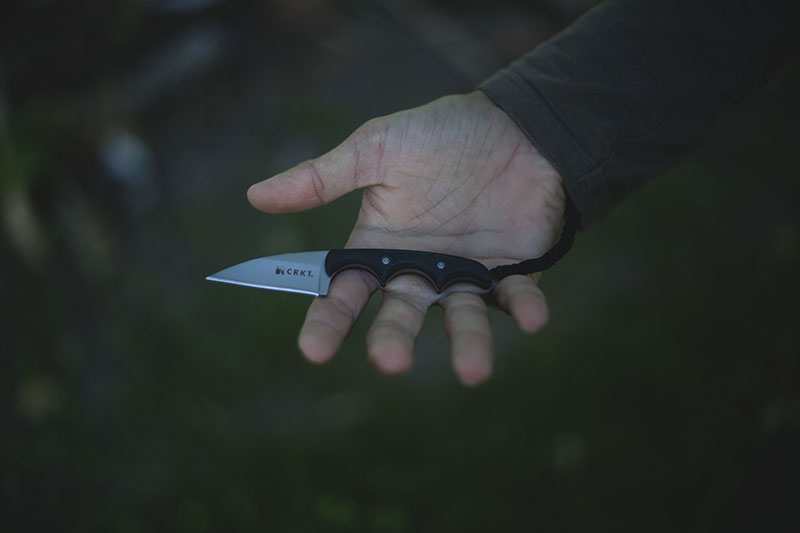 folts neck knife crkt minimalist review edc