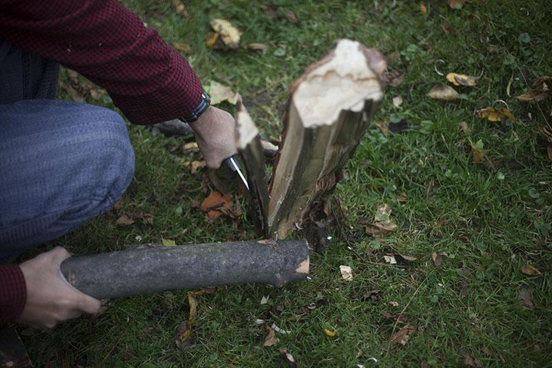 batoning knife l.t. wright genesis review bushcraft fixed blade knife