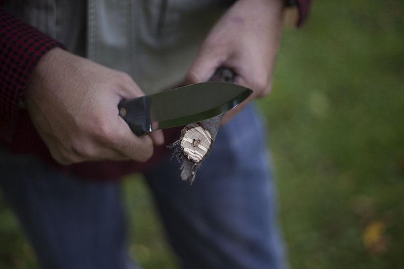 usa handmade bushcraft knife l.t. wright genesis review survival