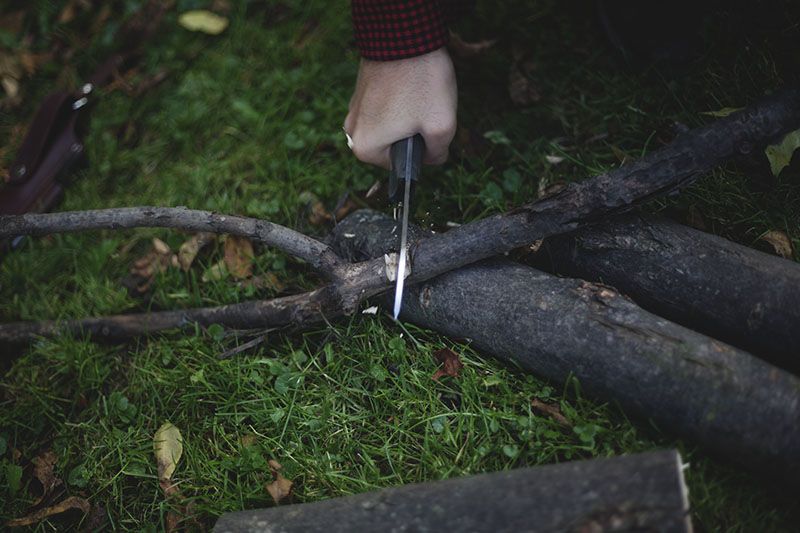 bushcraft review l.t. wright genesis handmade survival knife usa