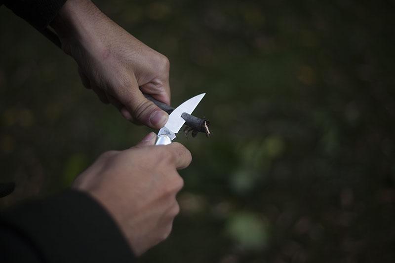 case black g-10 knife folding edc seahorse whittler everyday carry