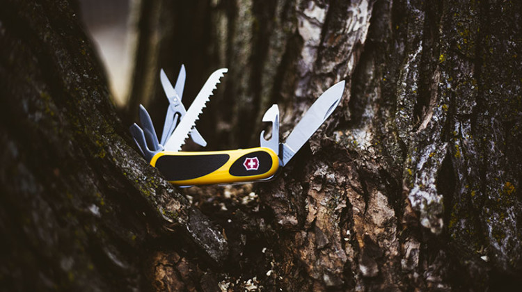 more-than-just-surviving-victorinox-evogrip-review-swiss-army-knife-multi-tool