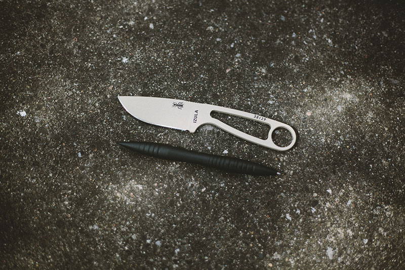 james williams tactical pen vs esee izula fixed blade survival knife size