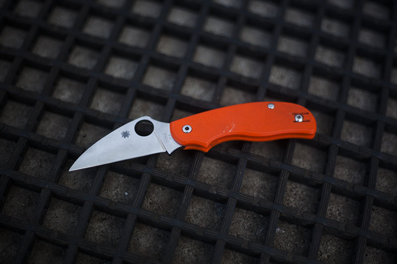 everyday carry spyderco knives best for uk edc