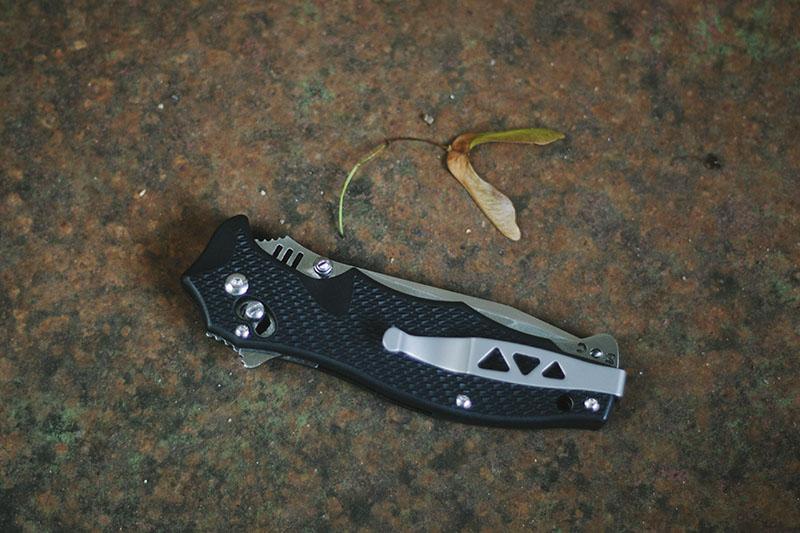 survivalist blog gear sog vulcan review tanto edge folding knife