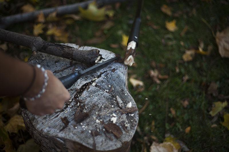 survivalist gear outdoor knife cold steel bushman review