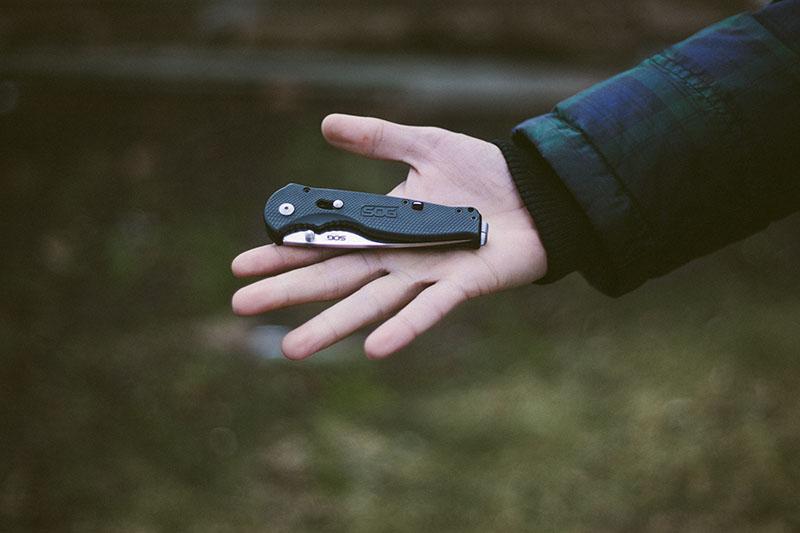 everyday carry folding pocket knife survivalist prepper blog