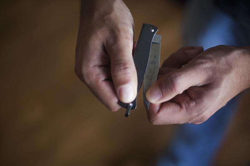 historical tactical knife douk-douk pocket uk legal edc