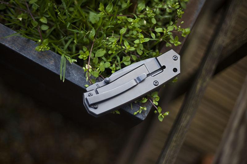 Schrade SCH304 Heavy Duty Folding Knife Review