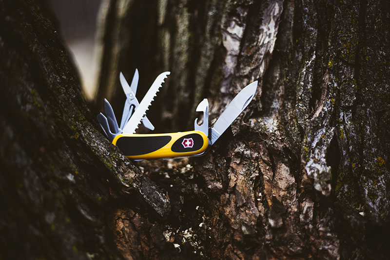 Victorinox Evogrip S18 Swiss Army Knife Multi Tool Review